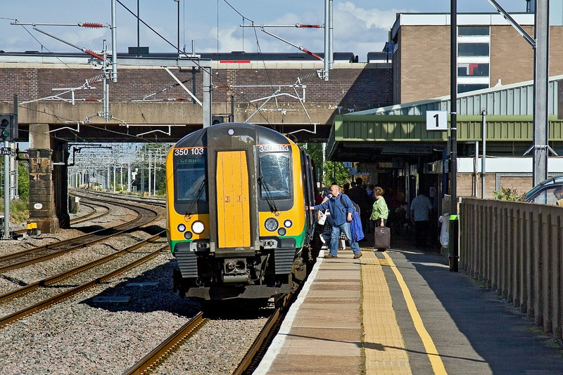 20th Aug 09:  350103 working 1U39 from Euston to Crewe calls at Tamworth