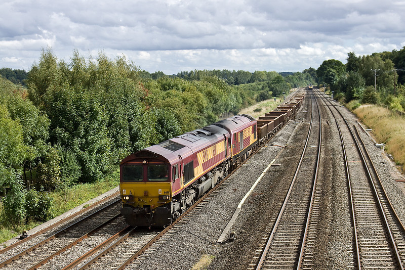 25th Aug 09:  6V27 Departmental from Eastleigh to Hinksey headed by 66111 has 67025 DIT in the load. Pictured at Lower Basildon