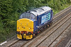 25th Aug 09:  Moving as 0Z25 from Crewe to Eastleigh is newley repainted 37688 'Kingmoor TMD' seen here in Tilehurst