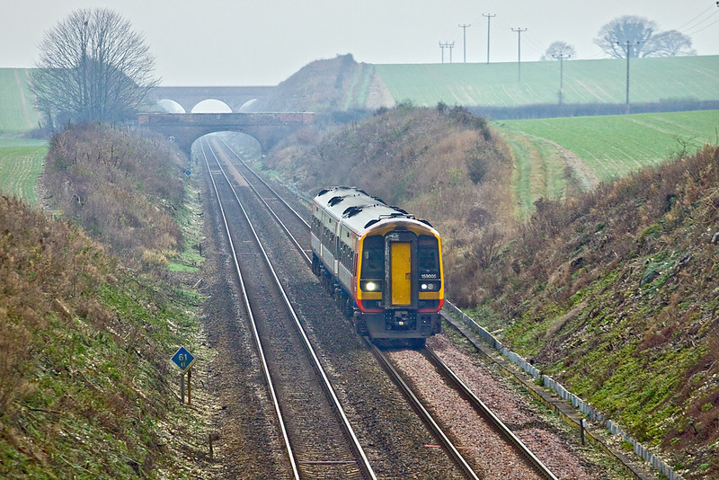 16th Dec 09:  159005 on 1L30 the 09.18 from Gillingham nears Hurstbourne Viaduct