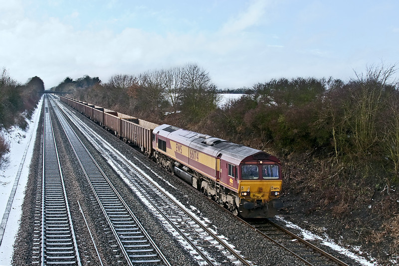 3rd Feb 09:  The Q service 6Z51 the 12.09 Appleford to Willesden Powerday with 66174 on the point at Shottesbrooke