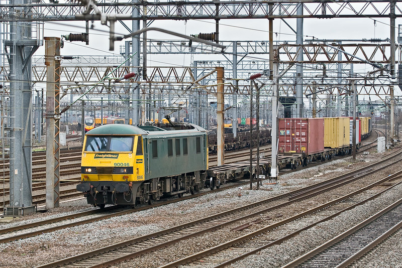 10th Feb 09:  The Felixtowe to Hams Hall (4M81) pulls out of the yard to head north at Wembley Central