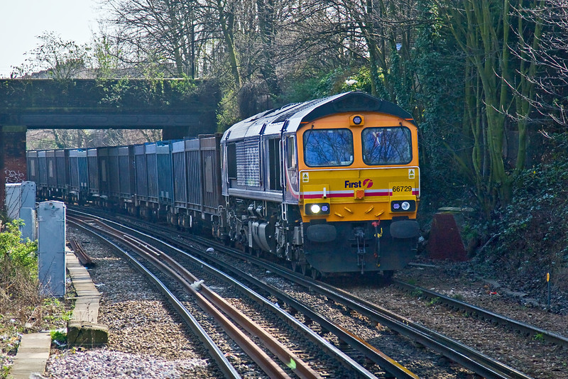 18th Mar 09:  Empty Gypsum containers are being returned to West Burton Power Station from Mountfield in Sussex and are seen approaching Wandsworth Road station