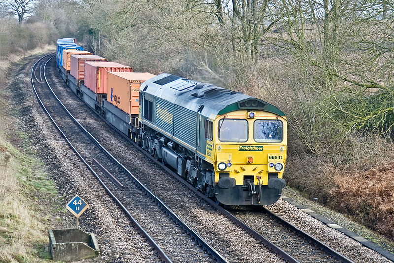 13th Feb 09:  66541 and the 05.28 (4O14) from Garston to Southampton at Silchester