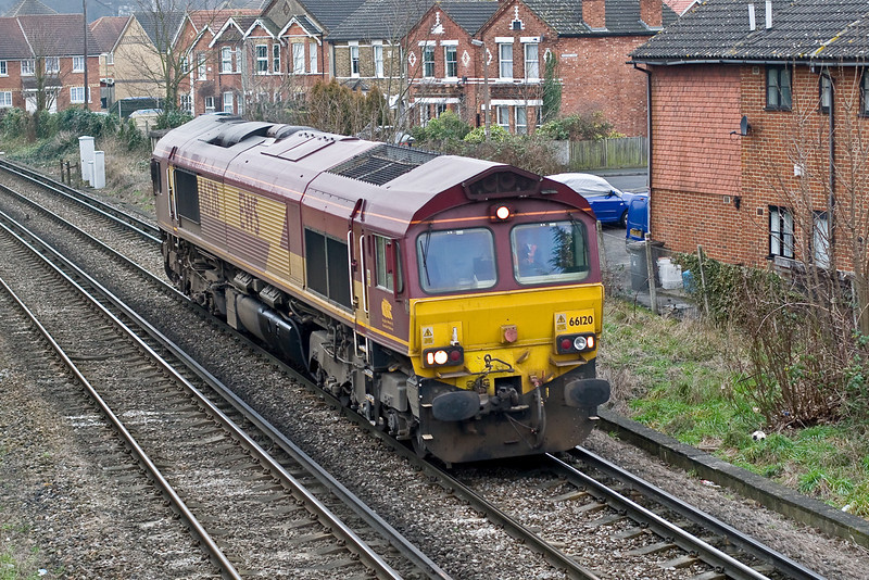 15th Jan 09:  With nothing to take back to Hoo Junction 66120 trundles through Egham.  Still it is one more from my To Fot list, only 11 uk ones to go now.