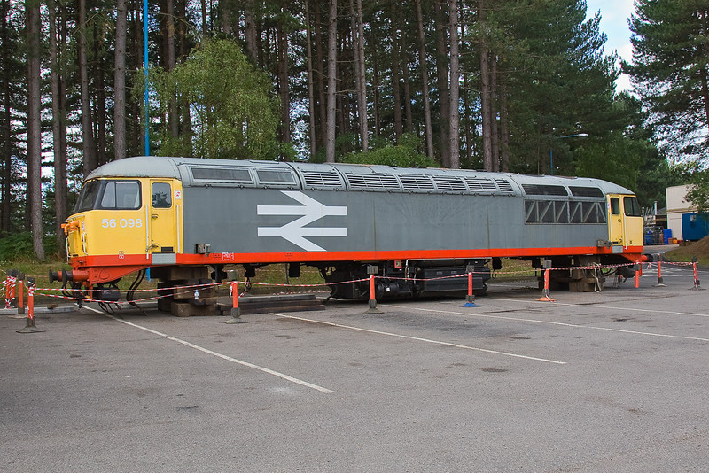 19th Jul 09:  56098 minus it's bogies resting on wooden blocks in the northbound Fleet Services on the M3