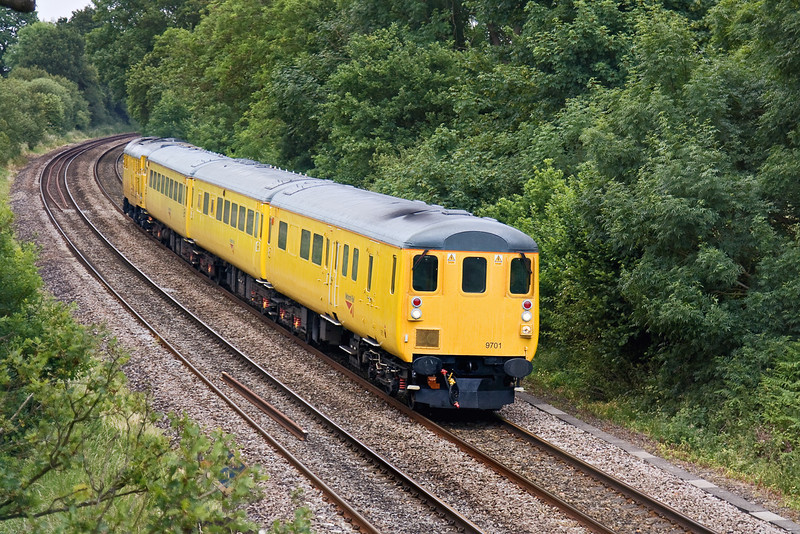 15th Jun 09:  1Z12 from Derby to Eastleigh at Silchester. The urge is provided by 31465