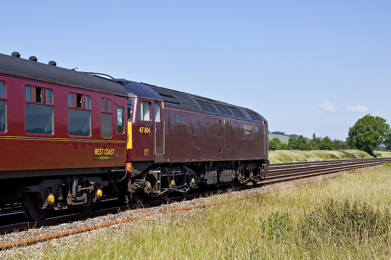 23rd Jun 09:  WCR 47804 tails 1Z13 from Sheffield to Salisbury throough Lower Basildon 47826 was on the front.