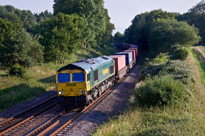 29th Jun 09:  66577 heads 4M98 to Garston through Silchester