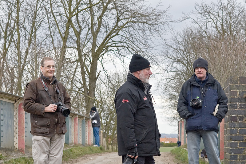 2nd Mar 09:  Snappers waiting for the Grid. With the full sun now departed the temperature had dropped somewhat.