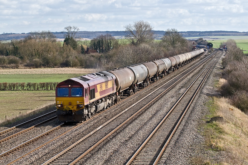 2nd Mar 09:   The Theale to Lindsey empty Murco fuel tanks is now a solid shed turn. Today 4E55 is in hands of 66105 and is passing though Cholsey