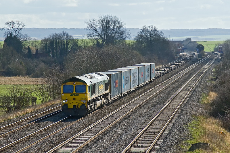 2nd Mar 09:  66538 heads the 09.34 Southampton Millbrook to Leeds (4E44) away from Cholsey Station