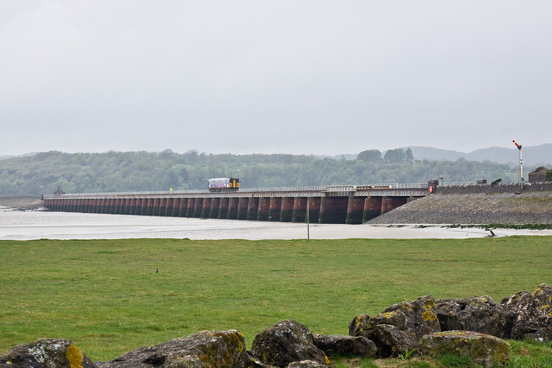 6th May 09: 153351 looks lost as it runs west with 2C39 13.32 Lancaster to Barrow in Furness across Arnside viaduct