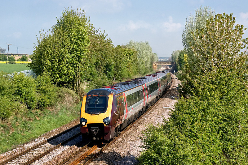29th Apr 09:  The 06.00 from Glasgow to Plymouth (1V35) formed of 220021 nears Thurscoe between Leeds and Sheffield.