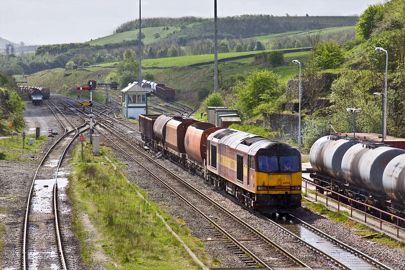 8th May 09:  Although the sun is shining it is actually spotting with rain as 60018 shunts a few wagons that will be tripped to DowLow
