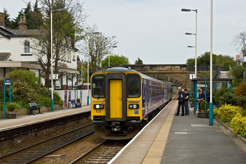 24th Apr 09: 2C35 from Knaresborough to Leeds arrives at Pannal