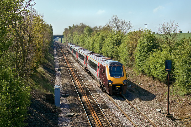 29th Apr 09:  Running north through Thurnscoe is 221127 and 1S23 the 05.20 from Plymouth to Edinburgh