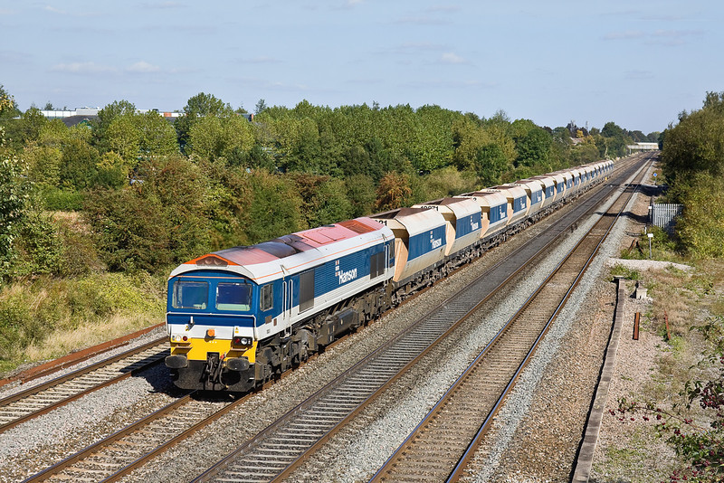 25th Sep 09:  Today's 7V18-Hither Green to Whatley at Breadcroft Ln is in the hands of 59103