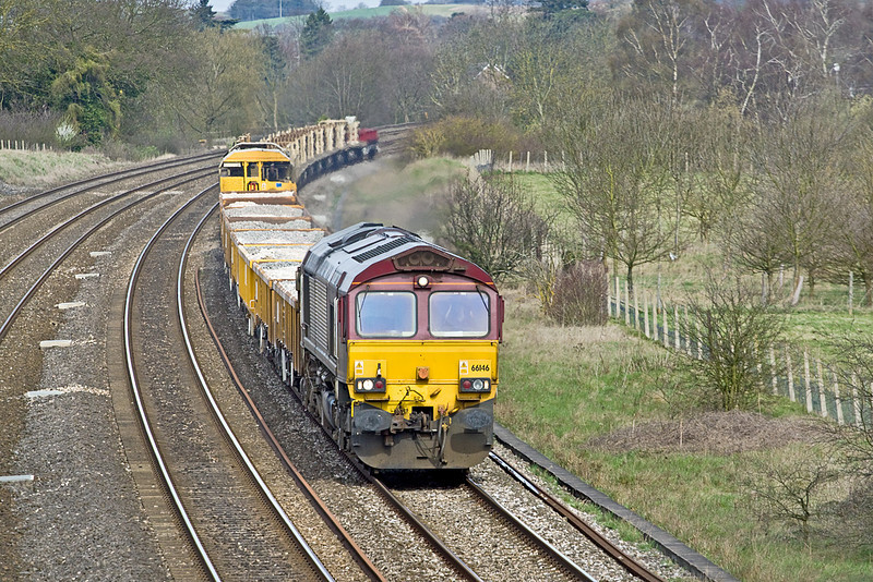 6th Apr 10:  66146 is tasked with 6O26 the morning Hinksey to Eastleigh Departmental. Seen here running through Lower Basildon