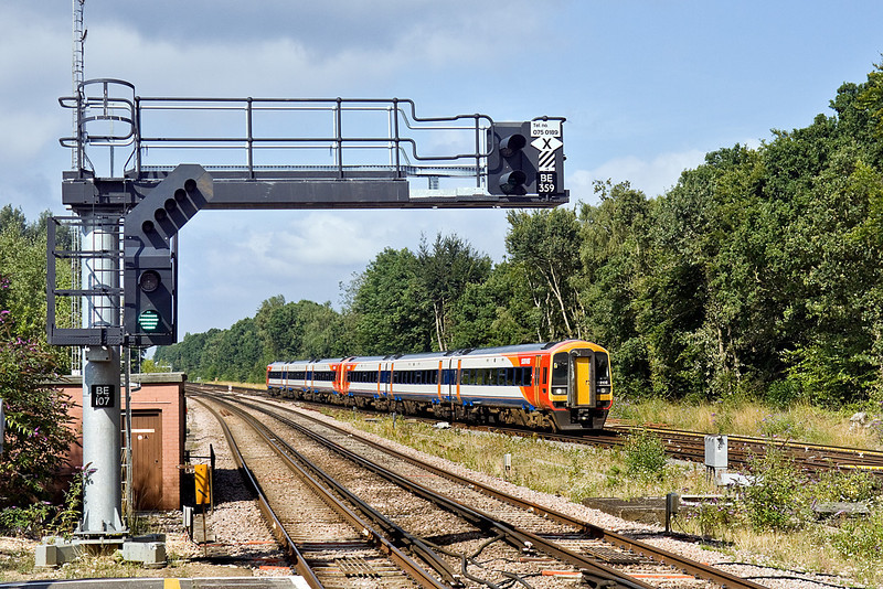8th Aug 10:  159108 is leading on 1L28 the 08.54 from Gilligham to Waterloo.  Pictured at Farnborough