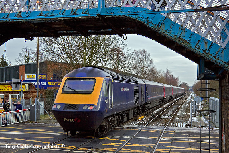 27th Dec 10:  Departing Chertsey are 43177+158 on 1V09 from Waterloo to PLymouth