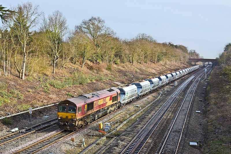 5th Feb 10:  The ThFO sand from Acton to Theale, 6A63, with 66012 on the point races through Twyford with 20 MRL-VTG hoppers.