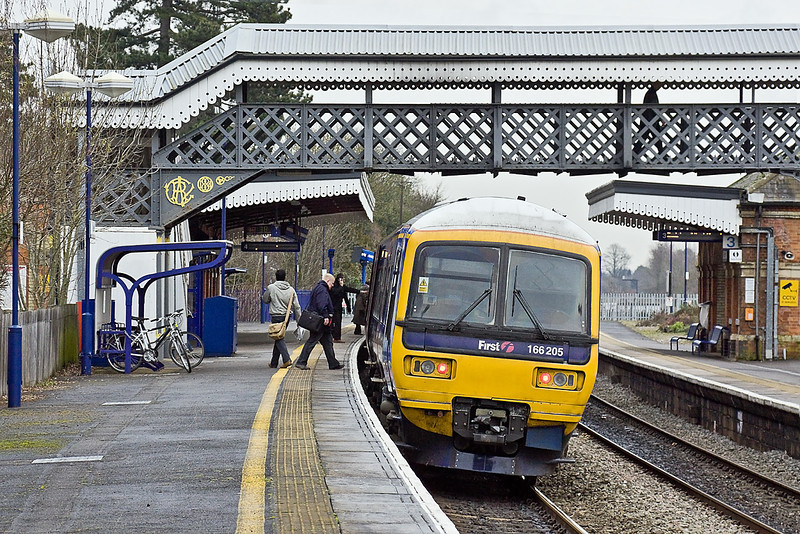 3rd Feb 10:  Some get on and some get off as the 10.18 from Reading to Paddington in the hands of 166205 makes it's stop at Taplow.