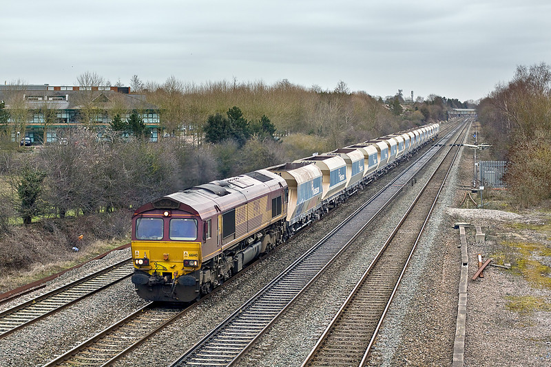 13th Feb 10:  The Saturday only Hayes to Westbury Yard, 6C23, in the hands of 66140 plods west at Breadcroft lane
