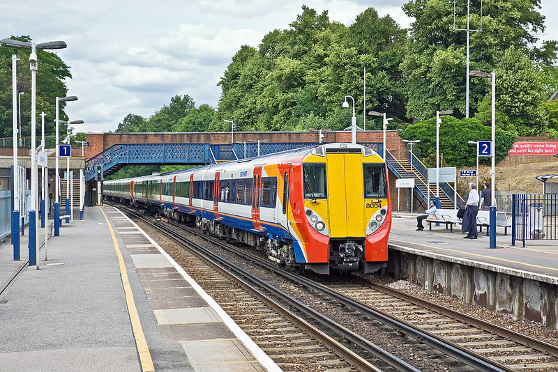 6th Jul 10:  458004 left Waterloo at 13.20 working 2C37 to Reading.  Captured here 40 minutes later as it arrives at Virginia Water