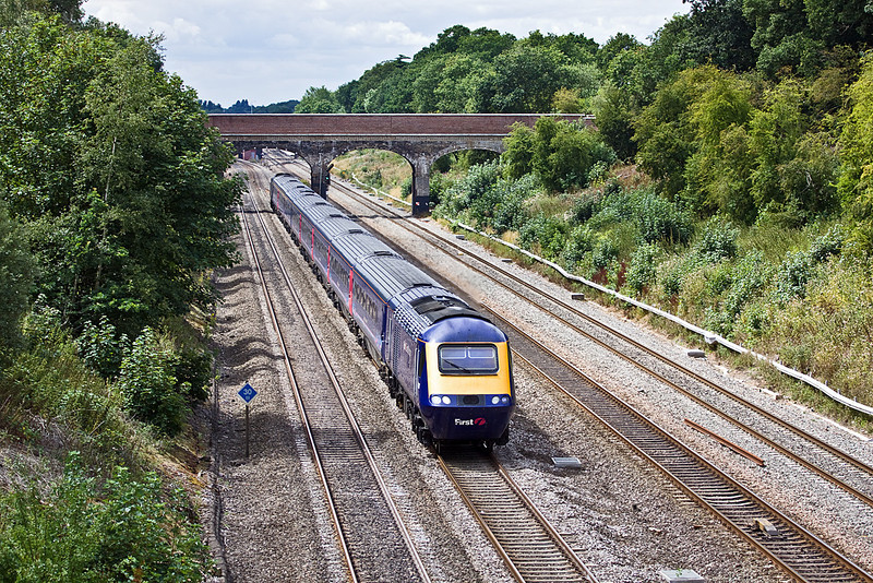 29th Jul 10:  Running 27 minutes late through Ruscombe is 1L51 the 10.55 from Cardiff to Paddington