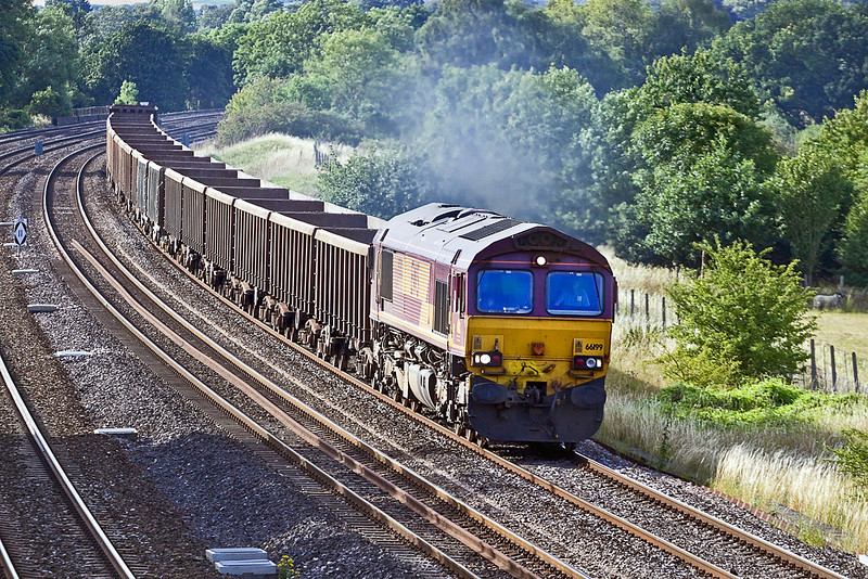 19th Jul 10:  The mud empties from Appleford to Bow Olympic with a smokey 66199 on the point potter through Lower Basildon