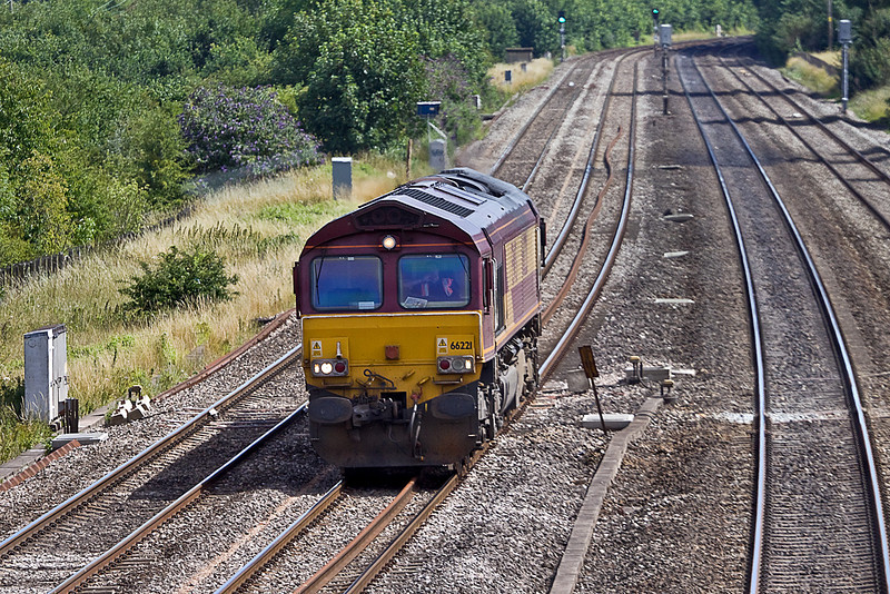 19th Jul 10:  66221 heads east through Lower Basildon having come from the London end of the GWML