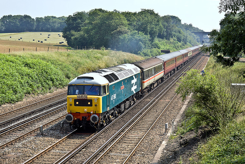 """26th Jun 10:  Nenta Train Tours trip from North Walsham to Swanage hammers down the Fast Line towards Basingstoke in the hands of 47580 """"County of Essex"""".  Seen from the bridge at Totters Lane"""