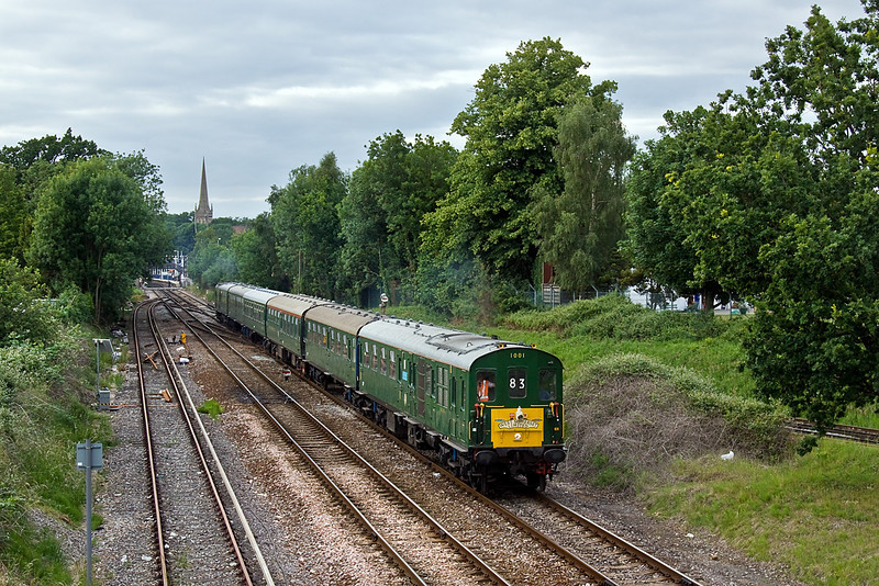 """19th Jun 10:  Returning to Hastings from Minehead thumper 1001 brings the """"West Somerset Limited"""" away from Wokingham"""