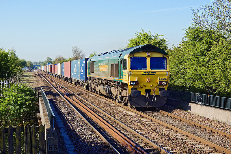 13th May 10:  66516 roars up the grade through Thurnscoe with 4E01 from Southampton to Leeds