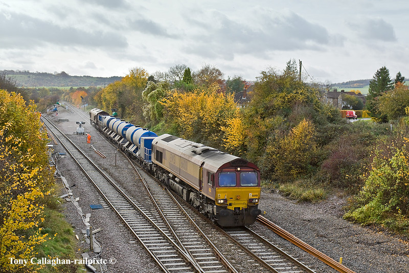 3rd Nov 10:  3J71 RHTT covers the southern end of the Chiltern lines.  66001 leads 66017 as they arrive at Princes Risborough