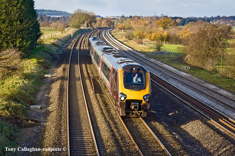 23rd Nov 10:  Gorgeous Gordon saying hello from the cab of 220019 working the 09.35 from Newcastle to Reading