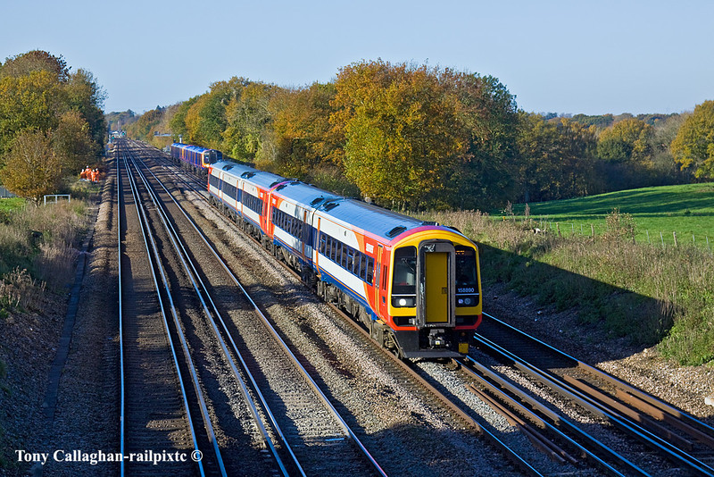 10th Nov 10:  158890 leads on 1L28 the 07.26 from Exeter to Waterloo-Totters Lane