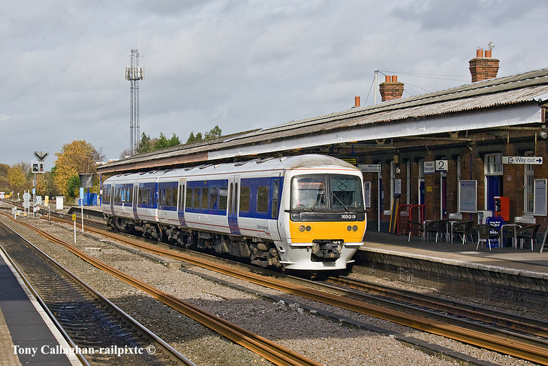 3rd Nov 10:  The 12.36 to Marylebone  worked by 165019 waits time in Platform 2 at Princes Risborough