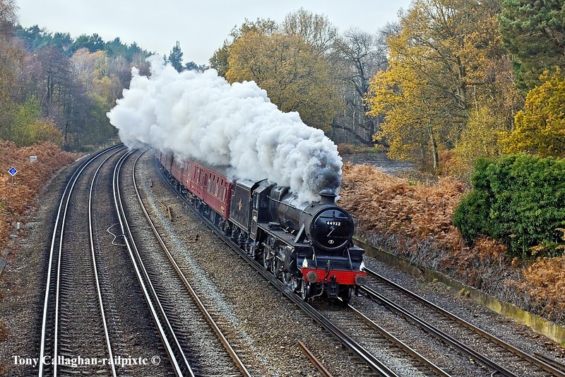 """27th Nov 10:  Going well on the Up Fast at Curzon Bridge is the """"Capital Christmas Express"""" from Swanage to Victoria with LMS Black 5 No 44932 on the point."""
