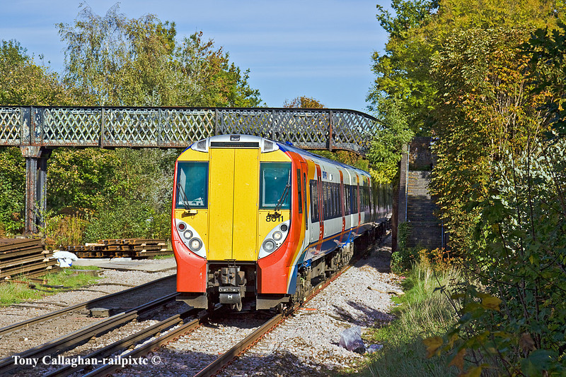 21st Oct 10:  Arriving at Bagshot is 458011 working the 11.53 from Ascot to Guildford via Aldershot