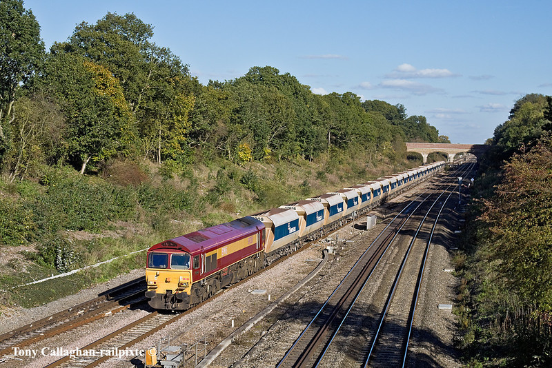 25th Oct 10:  59201 trundles west thouth Twyford with 6V18 from Hither Green to Whatley