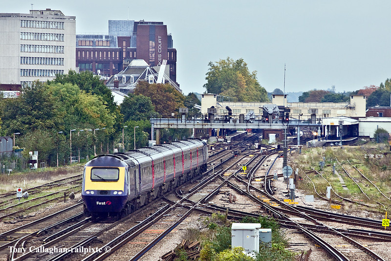 15th Oct 10:  43163+183 race through Woking on the Westbury to Waterloo (1Z13) leg of the route learner required for running diversions when Reading is closed at Christmas for engineering works