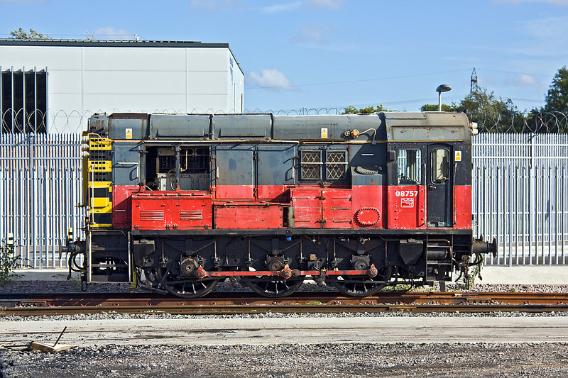 7th Oct 10:  08757 at Didcot