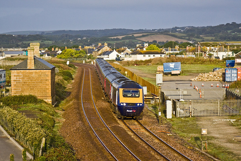 9th Sep 10:  The 07.38 to Paddington 1A16 runs past the site of the station at Marazion