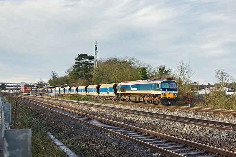 6th Dec 11:  59102 leaves Taplow while working 7A09 from Merehead to Acton.
