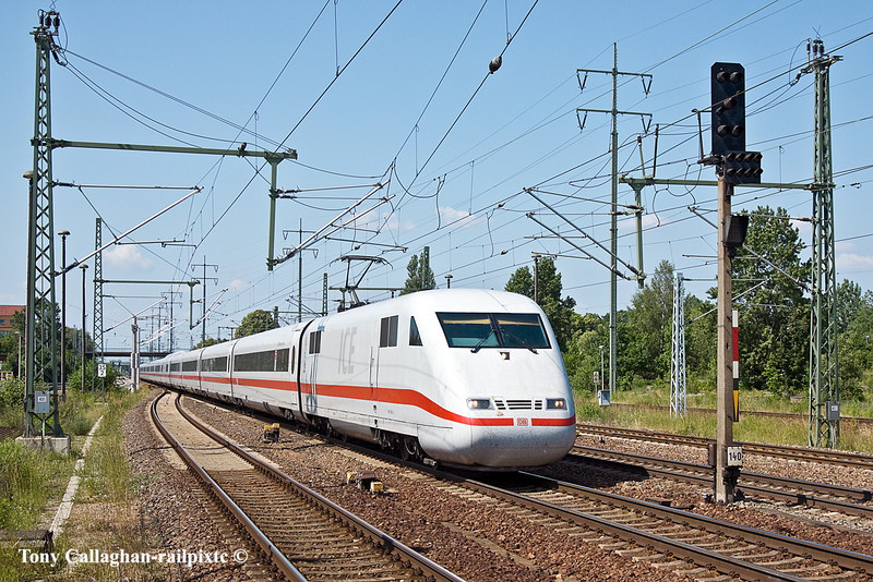 10th Jun 11:  An ICE set charges through heading for Berlin from Leipzig