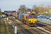 23rd Nov 11:   66174 powers south through Oxford at the head of 4O23 from Hams Hall to Southampton