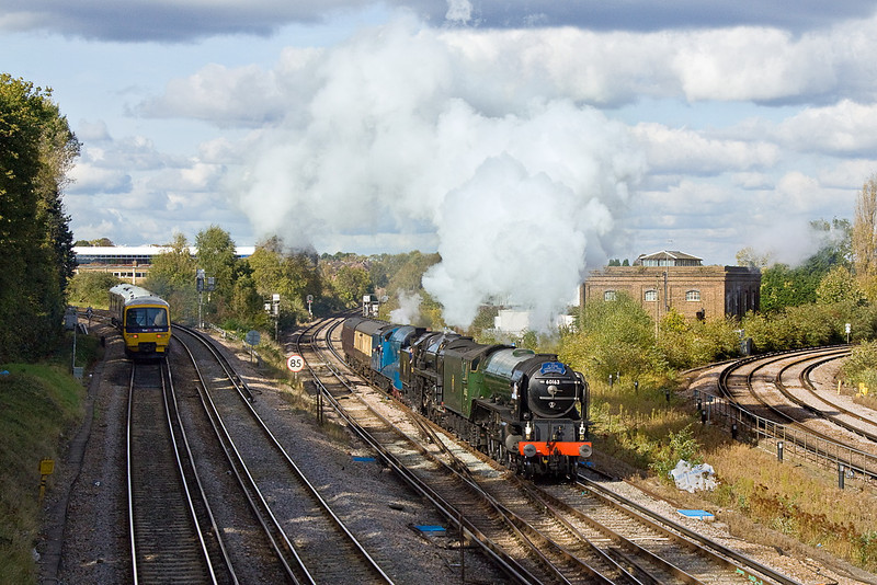 20th Oct 11:  60163 Tornado, 70000 Britannia & 4492 Dominion of New Zealand   arrive at Guildford on their way to the Mid Hants for the Autumn Gala
