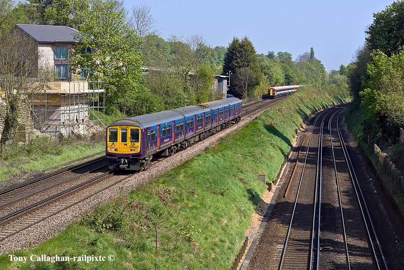 23rd Apr 11:  The 10.27 First Capital Connect service from London Bridge to Brighton, formed of 317429, nears Wood Down Road in Coulsdon